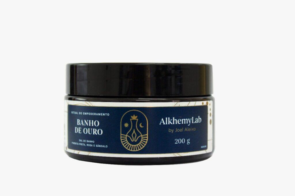 Ritual alquímico: AlkhemyLab apresenta produtos para terminar o ano - banho de ouro